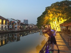 Became backpackers travel around the world,Malacca